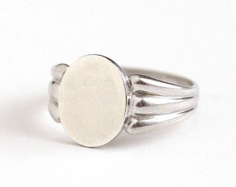 Sale - Vintage Signet Ring - Sterling Blank Band - 1940s Size 8 Oval Blank Signet Jewelry Free of Initials Signed C&C Clark and Coombs