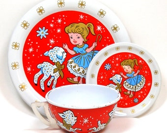 1940's tin toy tea set, Mary had a Little Lamb graphics by Ohio Art Co.