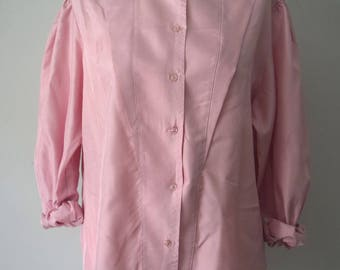Vintage Button down Shirt / 90s pale Pink Shirt / High Neck / Loose Fit / Woman's Clothing / L