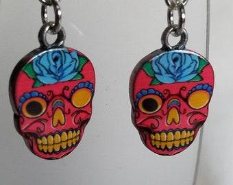 Dark pink skull dangle earring,  sugar skulls,  Dia De Los Muertos, day of the dead