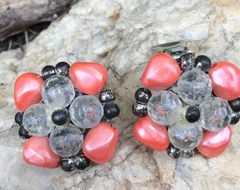 Vintage Beaded Earrings, Cluster Bead Earrings, Colorful earrings, Retro Earrings, Round Earrings, Midcentury Earrings, Summer Earrings,