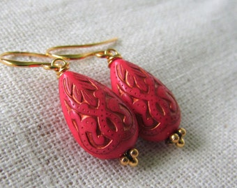 Dark Coral Earrings, Raspberry, Vintage Style, Salmon Pink, Teardrop Earrings, Pink and Gold, Boho Style, Bollywood, Dangle Earrings