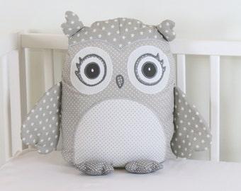 gray owl pillow, gray and white pillow,gray and white  owl, grey  nursery decor