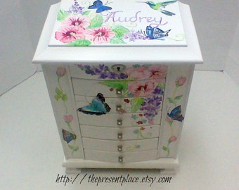 extra Large white jewelry,personalized jewelry box,purple,pink,aqua,flowers,hummingbird,girls jewelry box,jewelry box,butterflies,horses,