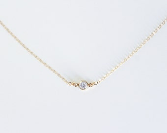 Small Zircon Gold Silver Necklace / Necklace Diamond, Minimalist and Delicate / Everyday Necklace Strass