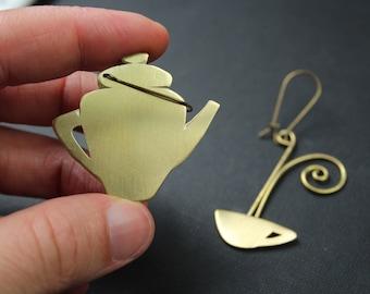 Asymmetrical earrings in brass teapot and teacup, tea-addicted hour,