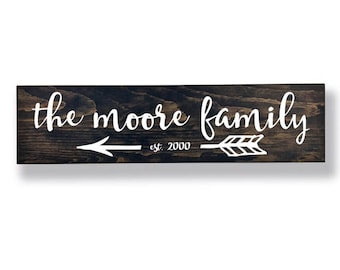 Arrow Sign, Personalized Family Sign, Rustic Family Sign, Last Name Sign, Family Name Sign, Last Name Established Sign, Wedding Gifts