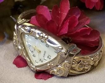 Triangle Cuff Watch, GENEVA Scroll Designed Watch Designer Ladies Wristwatch, MOP , Scroll Design, Cuff Bracelet Watch, NEW Battery, Analog