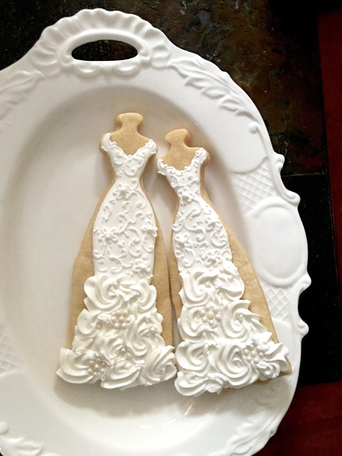 10 Lace, Rosette Ruffles, and Pearls Gown Cookies-Lace Wedding Dress ...