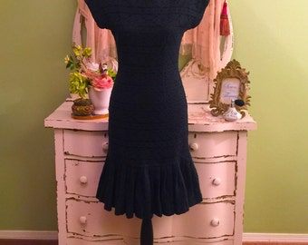 Classic Black 50s Dress, Vintage Wiggle Dress, 1950s Dress, MS-M, Vintage Party Dress, Opera Dress, Cap Sleeve Dress, Little Black Dress