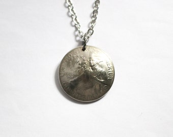U.S. Bicentennial Quarter Domed American Coin Necklace, Pendant, Commemorative, Collectible, Vintage 1976 Jewelry Hendywood