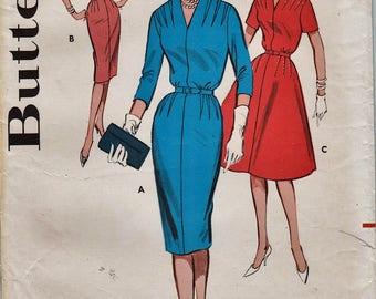 Butterick 9699 / Vintage 1960 Sewing Pattern / Sheath Dress / Size 16 Bust 36