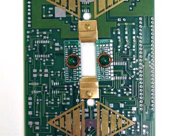 Recycled Circuit Board LIGHT SWITCH PLATE Techie Geekery Wall Decor sp6
