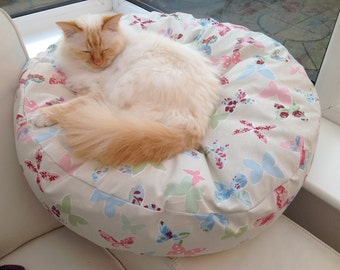 Cat bed dog bed Pet bed, Hand made custom made