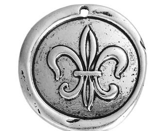 Silver medieval Medallion fleur de lis metal 30 mm x 1 pendant.