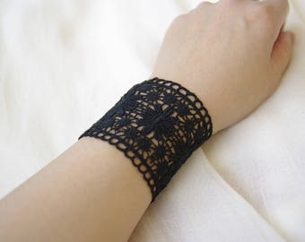 Elegant bracelet chic Gothic Black Lace