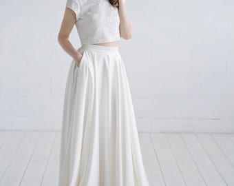 Aiko - bridal skirt with pockets / satin wedding skirt with pockets / wedding skirt / satin wedding skirt / ivory bridal skirt / matte skirt