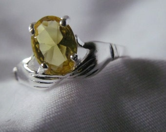 Sz 6.5 Claddagh Ring Fede Lovely Victorian Hand Ring Citrine Sterling Silver Ring Silver Plated Yellow Stone Ring Friendship Rings