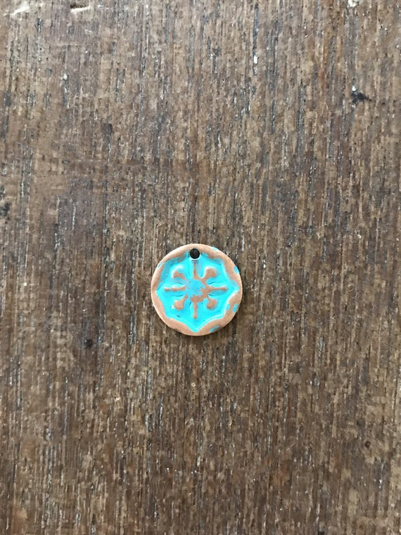 Copper with Green Patina Round Star etched Charm, Star Charm, Rustic Charm, Charm for Jewelry making, Jewelry Findings