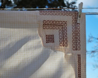 Tablecloth - Gingham with Cross Stitch