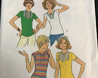 Vintage 70s Simplicity 7982 T-Shirt Pattern-Size 10 (32 1/2-25-34 1/2)