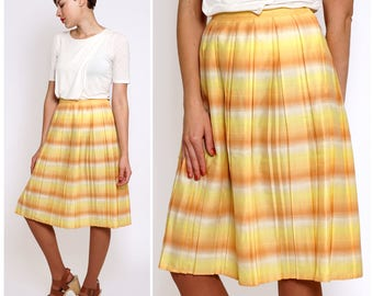 Vintage 50s/60s Sunset Fade Peachy Yellow & Orange Diolen Striped Pleated Skirt | Small/Medium
