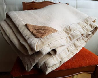 """Vtg CASHMERE & MERINO WOOL Weighted Blanket by Eskimo of Switzerland High End Luxury Brand in Champagne Beige Trad. Twin Single 64"""" × 84"""""""