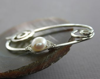 Silver shawl pin or scarf pin with white fresh water pearl and spiral closure, Pearl pin, Cardigan clasp, Sweater clip, Accessory -SP122