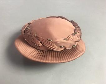 Vintage 50s hat / vintage hat / vintage pill box hat  / dusty pink hat / pill box hat /