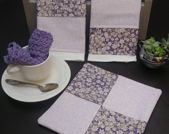 Kitchen Towel Set. Includes 2 Dish Towels, Potholder/Hotpad and Crochet Dishcloth