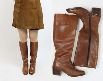 70s Knee High Boots Size 5.5 / 1970s Vintage Whiskey Leather Boho Boots / Venetian Gold Boots