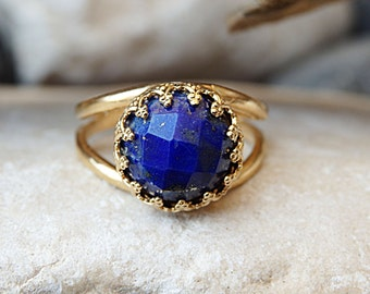 Lapis gold ring. Natural Blue Lapis Ring. September Birthstone for she. Lapis Lazuli Ring. Stacking Ring.  Round Ring. Solitaire prong ring