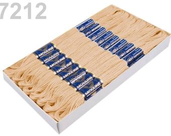 24 Docking Embroidery/stick twist #7212 Vanilla