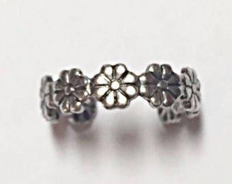 Silver Plated Daisy Toe Ring