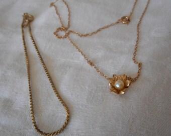 Lot VINTAGE Faux Pearl Flower Gold Filled Metal Necklace & Gold Metal Costume Jewelry Bracelet