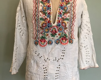 1940s Hand embroidered Hungarian blouse