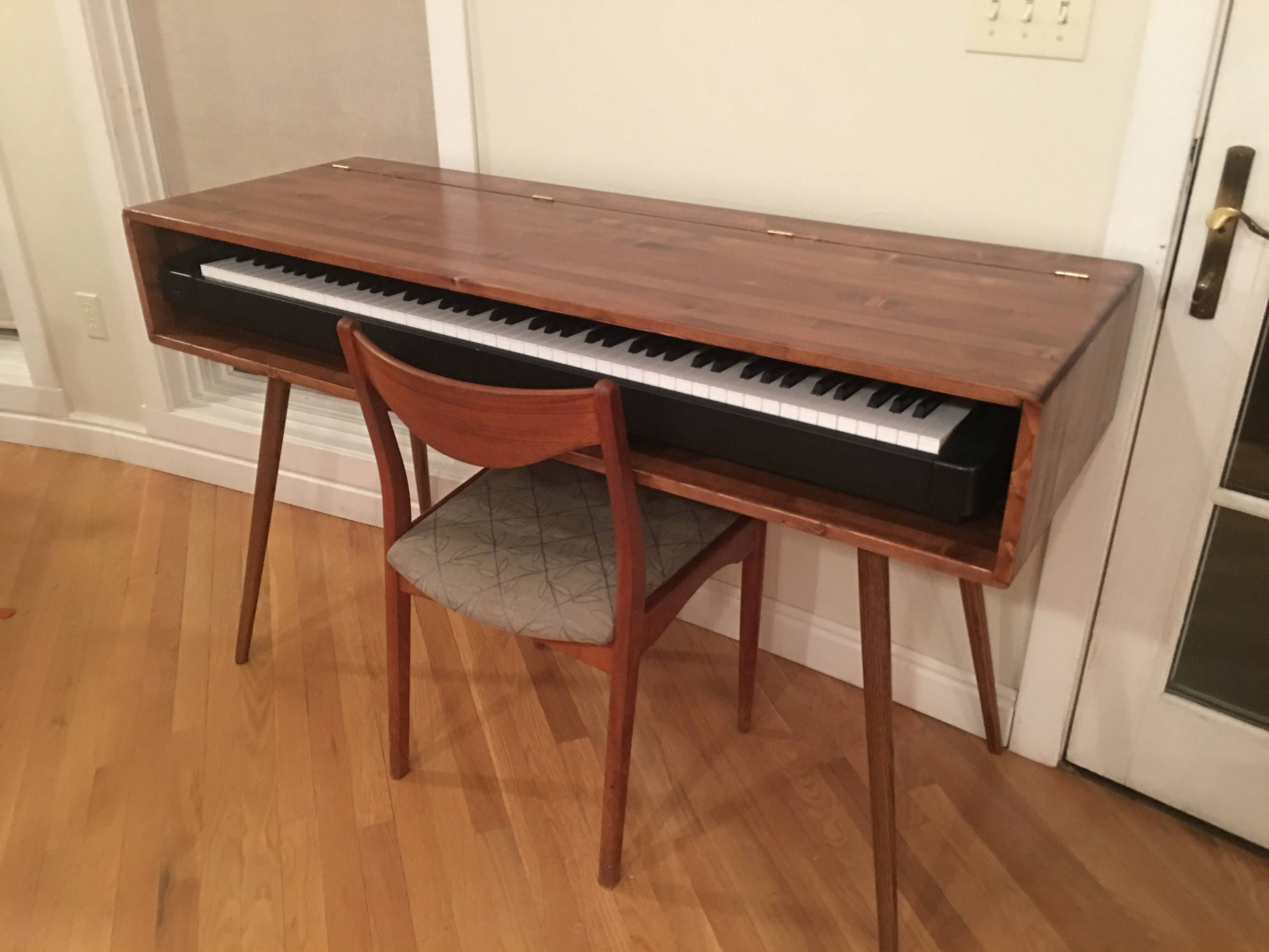 mid century style keyboard stand desk made to order 90 days. Black Bedroom Furniture Sets. Home Design Ideas