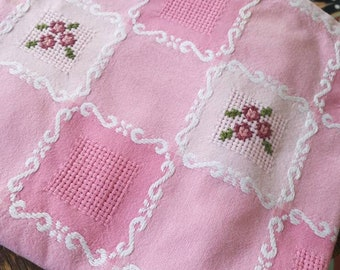 Vintage Cross stitched Tablecloth, French Vintage Tablecloth, French Floral Tablecloth, Floral Cross Stitch, French Cotton TableCloth
