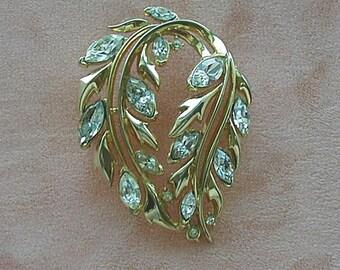 Crown Trifari Crystal Rhinestone Brooch