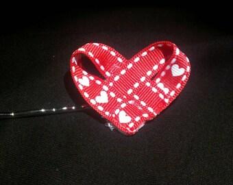 Heart shaped bow on bobby pin