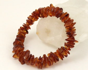 Vintage Genuine Natural Polished Baltic Amber Chip Stretch Bracelet, 6.5 Inches