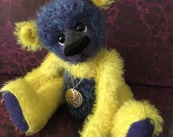 """Handmade Mohair Artist Bear """"Wowsers"""""""