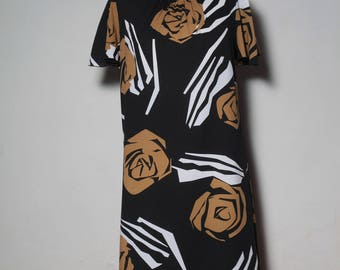 black dress with big roses Brown year 70-80