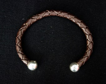 Brown leather bracelet with silver balls .925