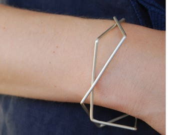 Thin silver bangle, stackable bangle bracelet, geometric silver bangle, architectural jewelry, 3d jewelry, minimalist silver bangle