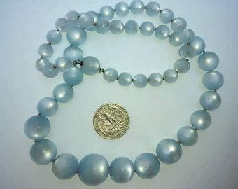 VTG moon glow necklace large beads