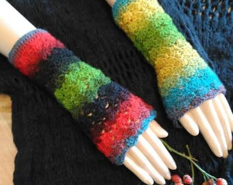Multicolored lace knit fingerless mittens
