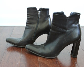 90s Curved Heel Dark Brown Booties 7
