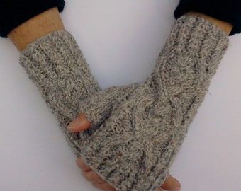 Brown Fingerless Gloves.  Knit Hand Warmers. Texting Gloves. Fingerless Mittens. Hand Knit Gloves. Gift for Her.