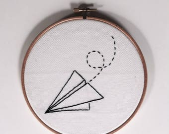 Embroidery paper airplane / plane papel Bordado